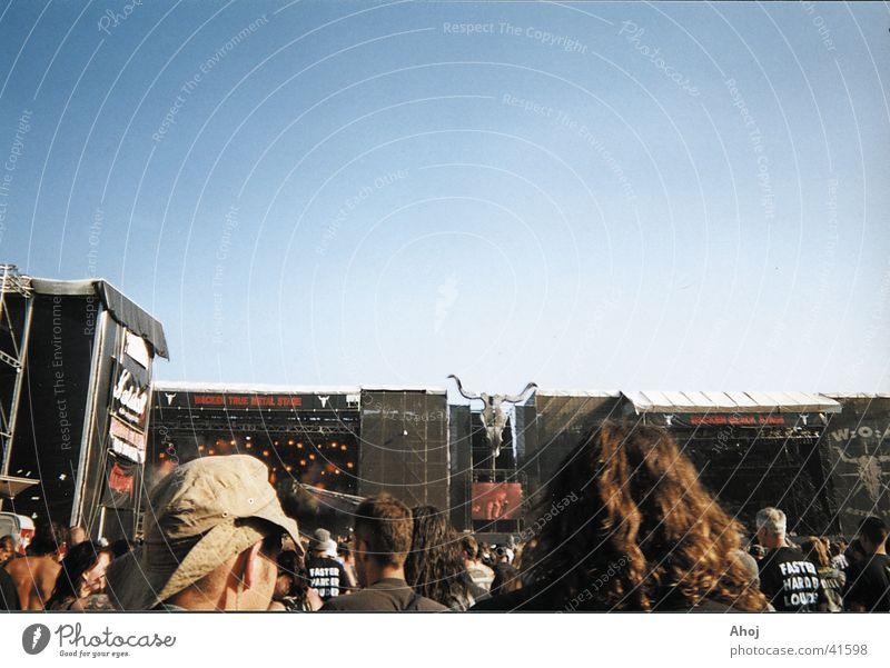 Ambivalenz mittels Bühnenpräsenz Himmel Musik Konzert Musikfestival Schädel Open Air Cowboyhut
