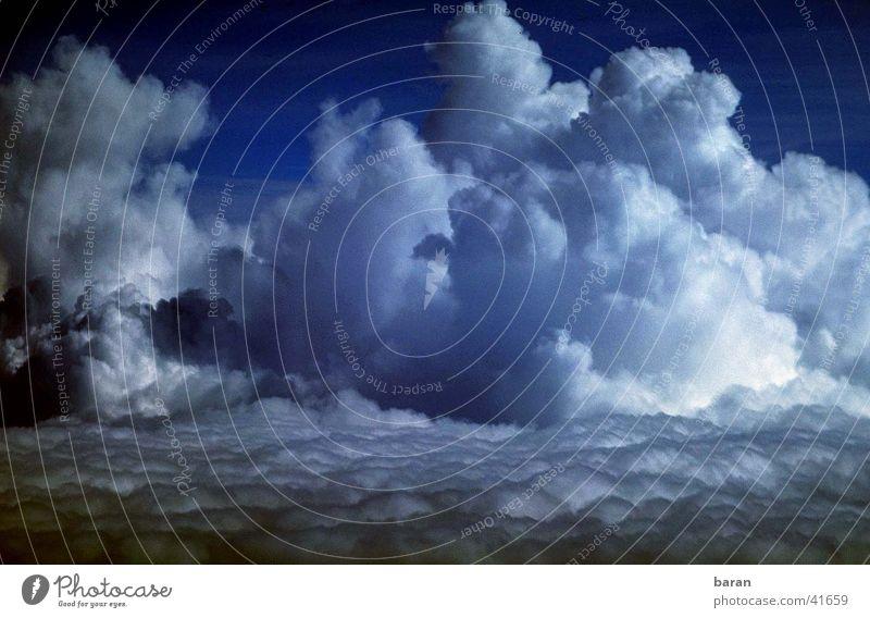 Haufenweise Wolken Kumulus Mensch Wetter fliegen