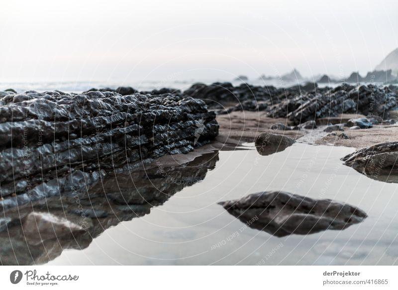 Ruhe am Strand von Sao Pedro de Muel Umwelt Natur Landschaft Pflanze Urelemente Erde Sand Luft Wasser Wassertropfen Himmel Sommer schlechtes Wetter Wellen Küste