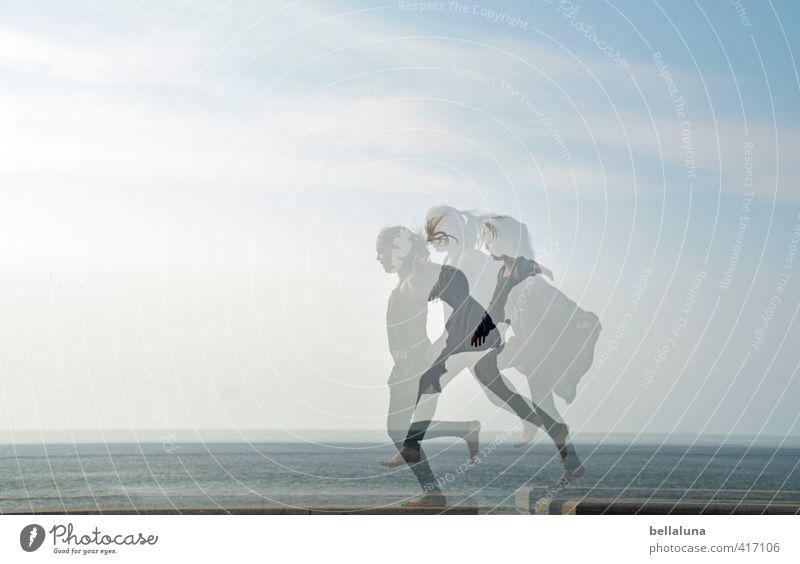Norderney | fliegen lernen Mensch Kind Himmel Jugendliche blau Meer Mädchen Wolken Strand Leben feminin Haare & Frisuren Küste grau Kopf Beine