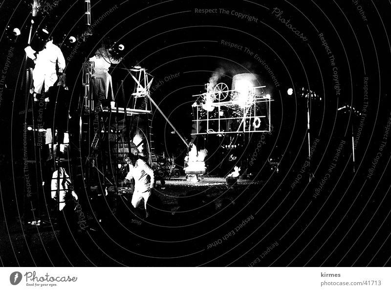 Titanic 3 Regen Freizeit & Hobby Theaterschauspiel Schauspieler Franzosen Straßentheater
