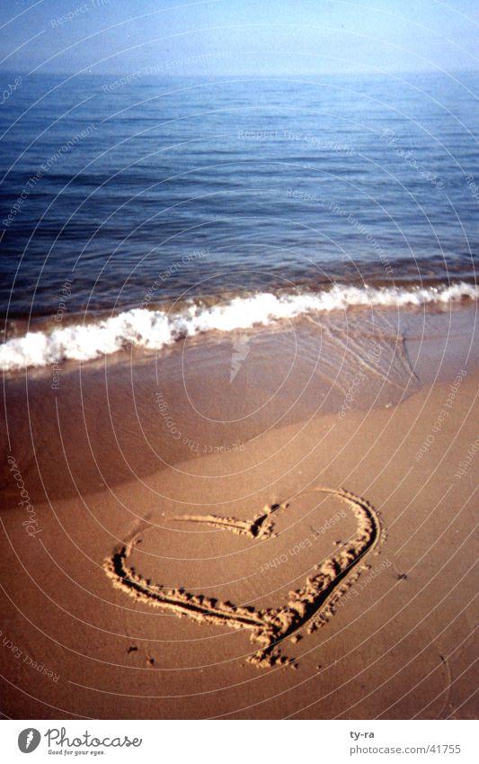 Herz am Strand Meer Ferien & Urlaub & Reisen Liebe Erholung Sand Ostsee Rügen