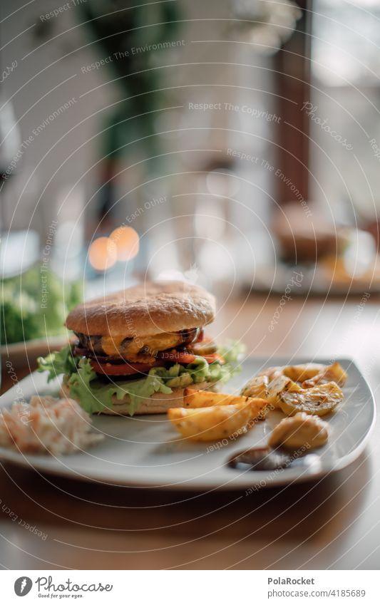 #A0# Birthday Burger III Rindfleisch Mittagessen Cheeseburger Snack Lebensmittel Mahlzeit Hamburger Kalorien Kalorienreich ungesund Essenszeit essen und trinken