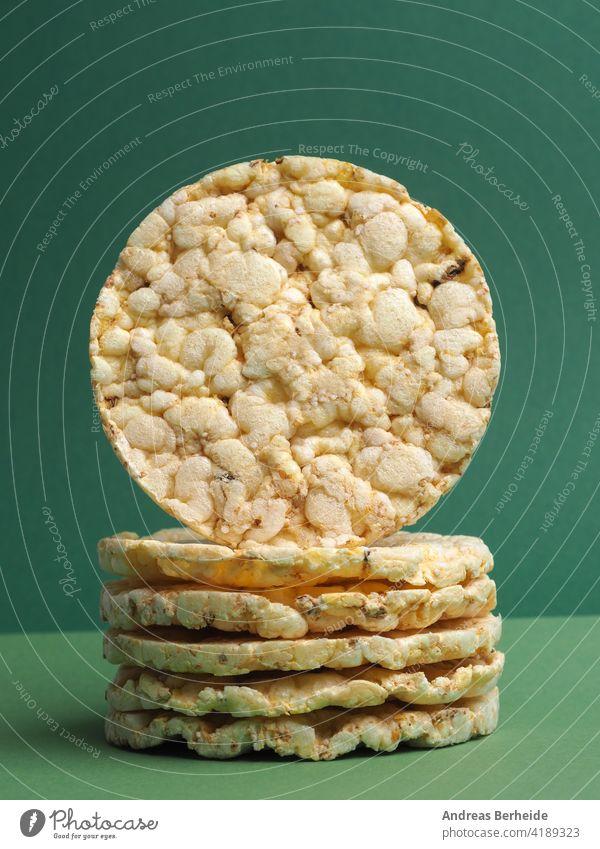 Maiswaffeln mit Amaranth, gesundes Ernährungskonzept Waffeln Lifestyle nahrhaft Diät traditionell Hauch Knusprig Essen Tisch gestapelt knusprig Kalorien Veganer