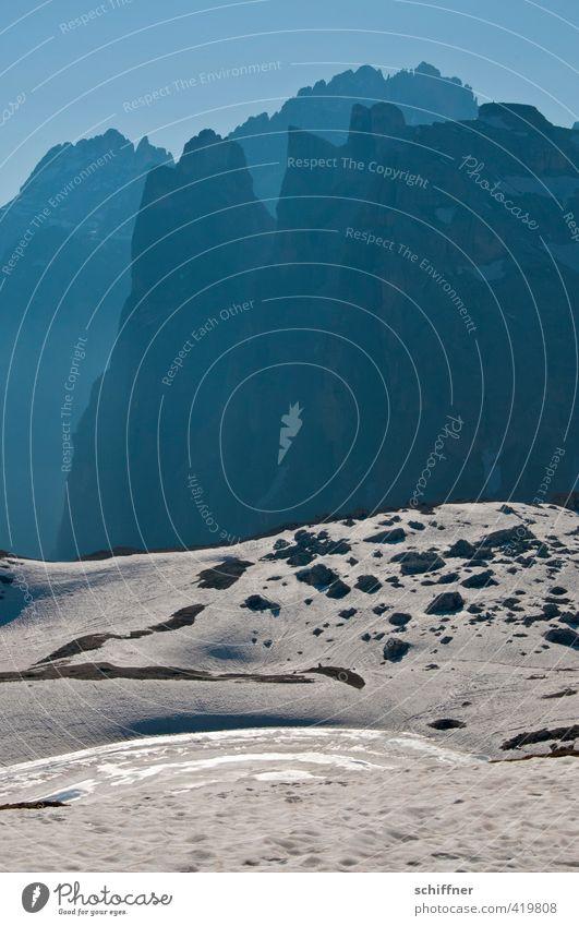 Abgründe Umwelt Natur Landschaft Himmel Wolkenloser Himmel Sonnenlicht Klima Schönes Wetter Eis Frost Schnee Felsen Alpen Berge u. Gebirge Gipfel