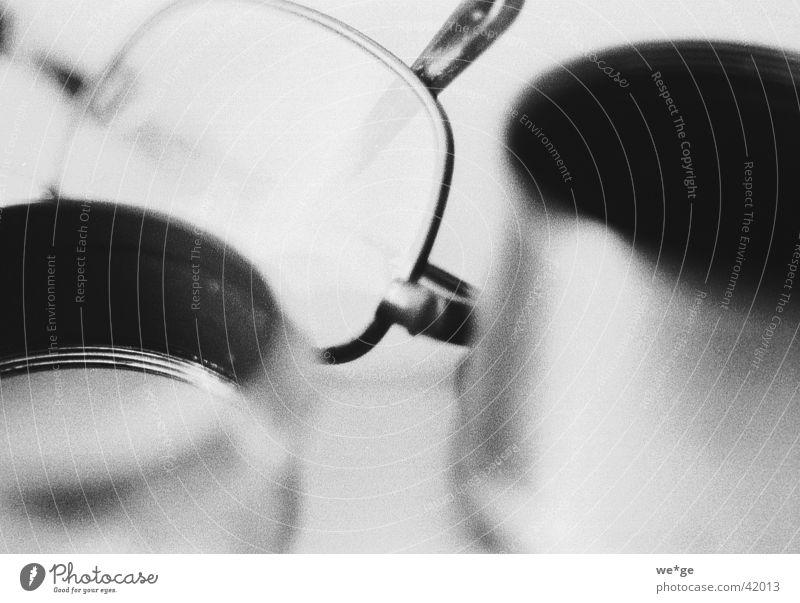 Lesebrille Brille Dinge Schwarzweißfoto