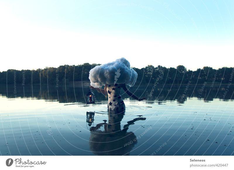 Wetterleuchten Mensch Frau Himmel Natur Wasser Sommer Sonne Baum Landschaft Wolken Erwachsene Umwelt feminin Küste Schwimmen & Baden See