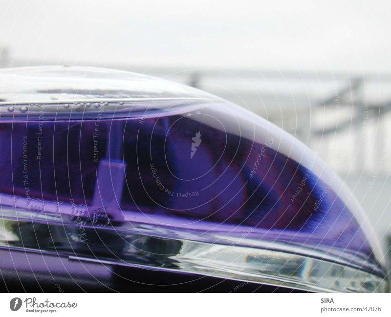 VioletWindow Gebäude violett Kugel Flasche Fototechnik