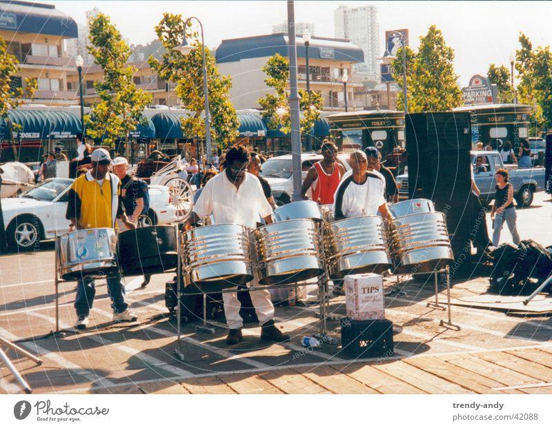 Steel Band in SF Mensch Musik USA Schnur