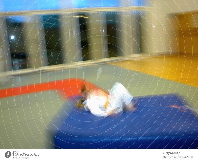 SlowMotion5 Sport Bewegung fallen Kampfsport Judo
