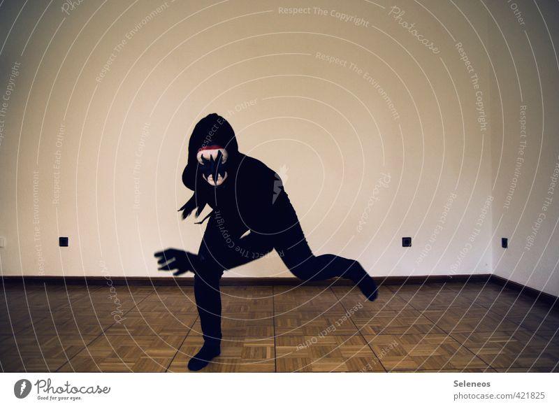 Nachts kommt die Zahnfee Schminke Karneval Halloween Mensch Gesicht Mund Zähne 1 Mauer Wand Bekleidung rennen toben gruselig schwarz Angst gefährlich bedrohlich
