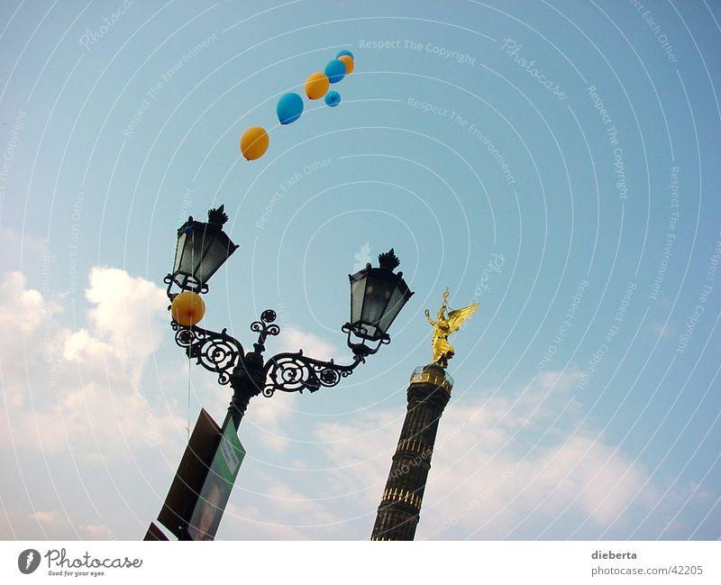 Heaven Siegessäule Luftballon träumen Fototechnik Berlin Himmel