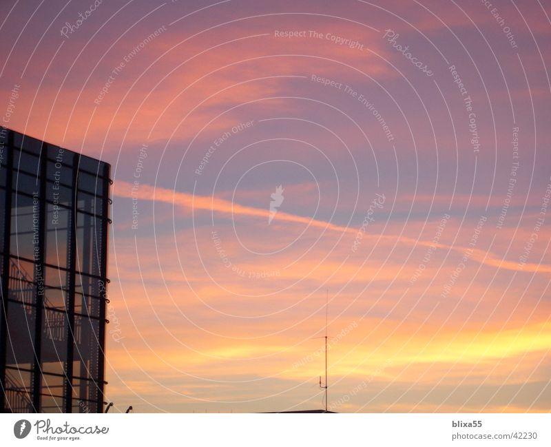 Sonnenuntergang Stadt Hannover Abendsonne feuerrot Abenddämmerung
