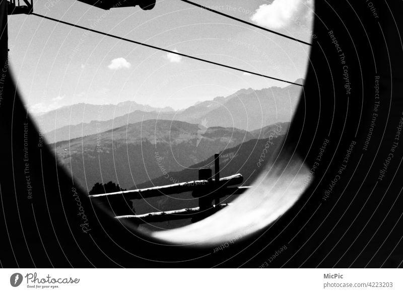 Durchblick Panorama (Aussicht) ausblick Landschaft Berge u. Gebirge Gipfel wandern Ferien & Urlaub & Reisen Außenaufnahme Natur Tourismus Alpen Ausflug Wolken
