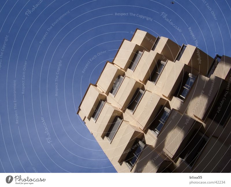 Fassade No.2 Fenster Architektur modern beobachten Balkon Raster Wetterschutz