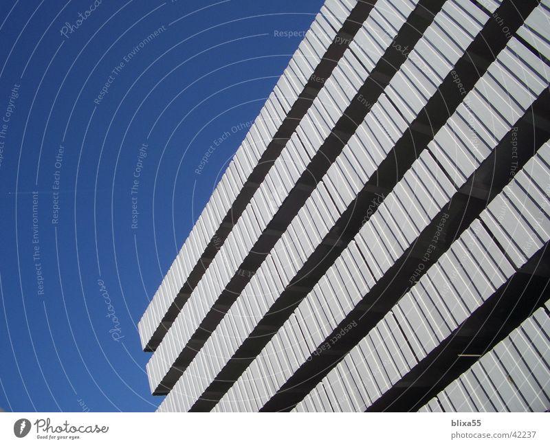 Parkhaus Beton Architektur Strukturen & Formen sonnentag betonfassade