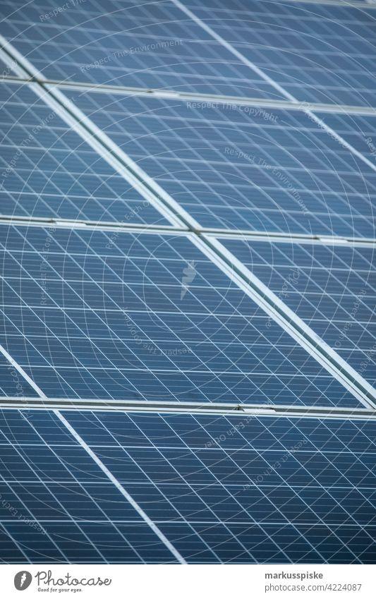 Solarmodul erneuerbare Energie Feld alternativ Hintergrund blau Zelle Wandel & Veränderung Großstadt Sauberkeit übersichtlich Klima Sammler Ökologie Wirtschaft
