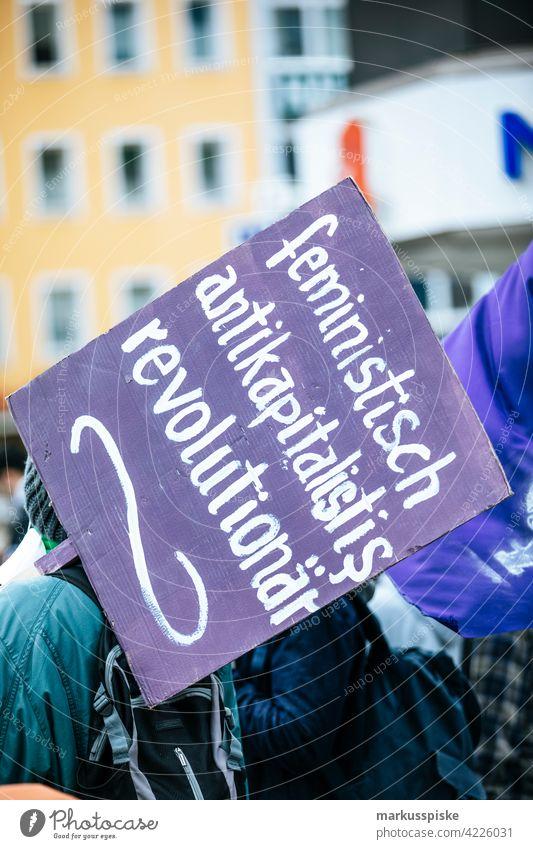 Feministische und antikapitalistische Demonstration 1 Prozent Mobilisierung Einsatzgruppe Aktion Aktivist Berufung Kapital Kapitalismus Wandel & Veränderung