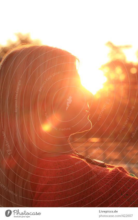 Örchi Mensch feminin Frau Erwachsene Kopf 1 18-30 Jahre Jugendliche Sonne Sonnenaufgang Sonnenuntergang Sonnenlicht leuchten Blick Gelassenheit geduldig ruhig