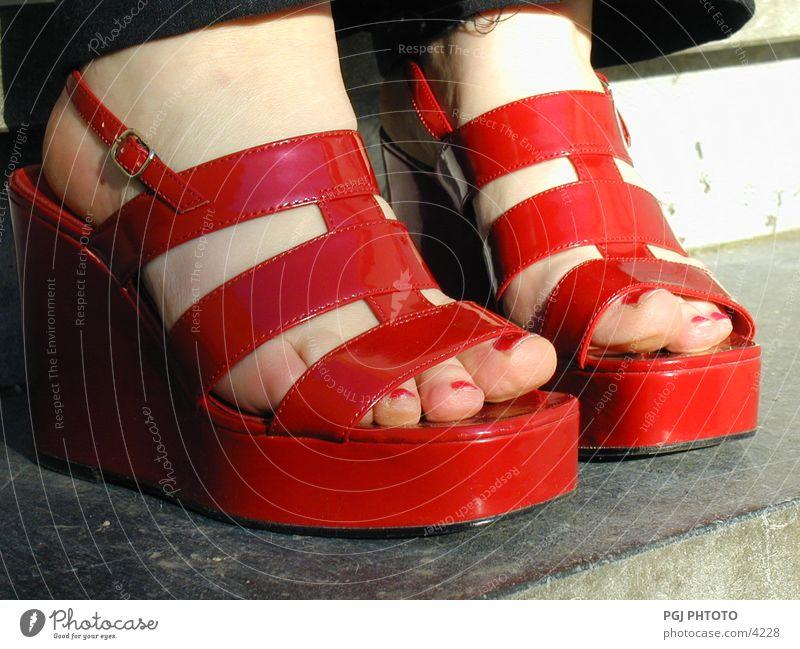 Red_shoes Fuß Schuhe Dinge Sandale