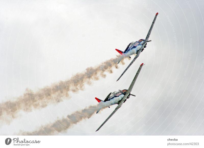 Aero #2 Flugzeug Luftverkehr Flugschau Kunstflug