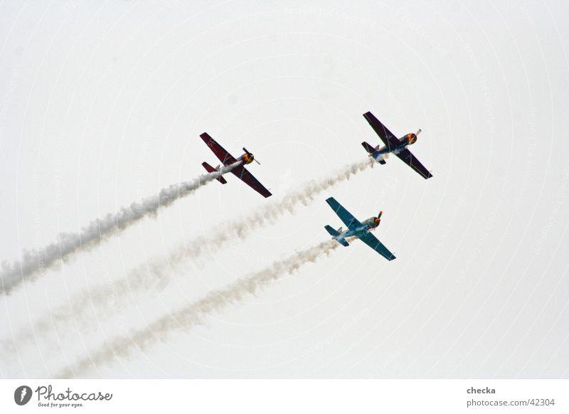 Aero #1 Flugschau Flugzeug 3 Kunstflug Luftverkehr