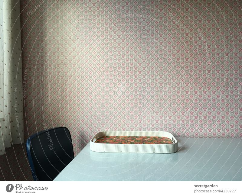 Retro-spektive Muster Vintage retro Menschenleer alt Innenaufnahme Wand Häusliches Leben Farbfoto Innenarchitektur Design Wohnung Sauberkeit Raum Stil