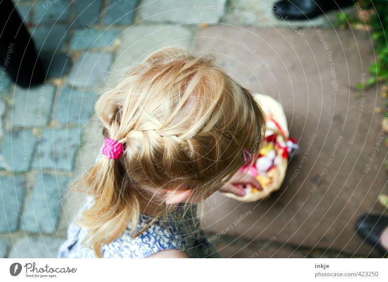 Blumenmädchen II Mensch Kind schön Mädchen Leben Haare & Frisuren Kopf Feste & Feiern blond Kindheit Hochzeit Kleinkind langhaarig rothaarig Zopf 3-8 Jahre