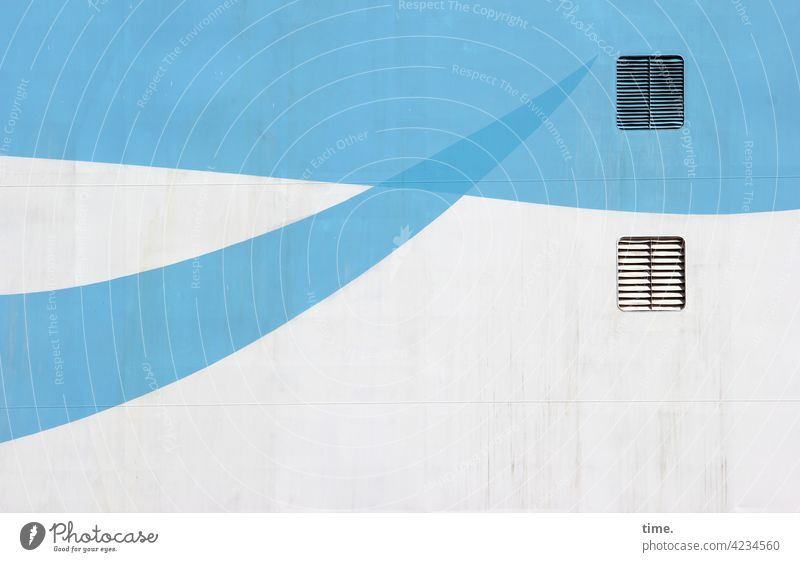 Duftmarken fähre design bootswand lüftung sonnig wellenförmig farbe deko metall schwung schwungvoll hellblau spitz linie eisen lüftungsgitter maritim tourismus