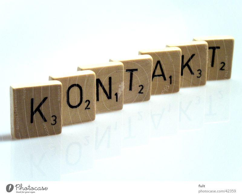 kontakt weiß Holz Ziffern & Zahlen Buchstaben Kontakt Dinge Reihe Wort Fototechnik Holzmehl Quader hintereinander