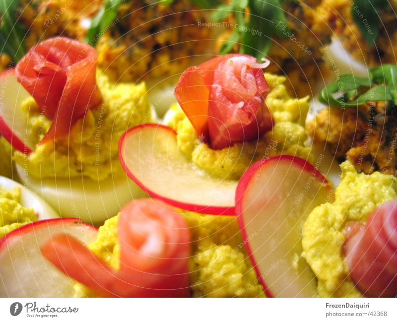 Russische Eier #2 grün gelb Ernährung Lebensmittel Schinken Kresse Radieschen