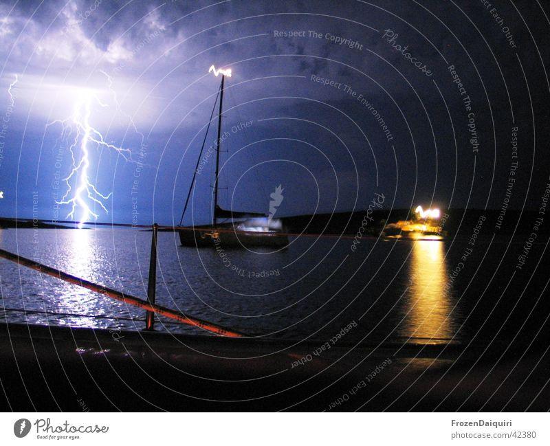Flashing Sea #2 Himmel Meer Wolken Blitze Segeln Gewitter Lichtspiel Kroatien