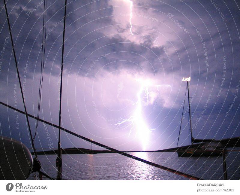 Flashing Sea #1 Himmel Meer Wolken Blitze Segeln Gewitter Lichtspiel Kroatien