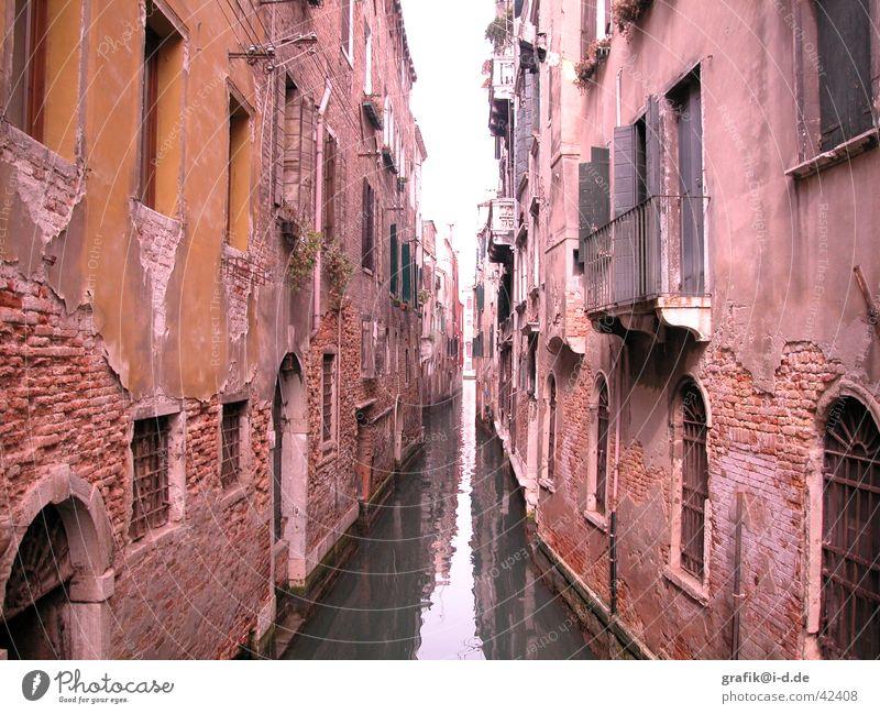 venedig Wasser Haus Fenster Gebäude Graffiti Architektur Fluss vorwärts Richtung Venedig Abwasserkanal