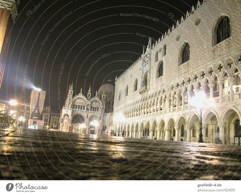 s. marco nachts Venedig Markusplatz Licht Lampe San Marco Basilica Architektur venezia s.marco dogenpalast nachts Scheinwerfer Religion & Glaube