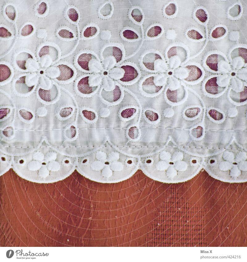 Spitzendeckchen Dekoration & Verzierung Bekleidung Stoff rot Blumenmuster Handarbeit Nähen kariert Stoffmuster Vorhang Tischwäsche Näherei Ornament Farbfoto