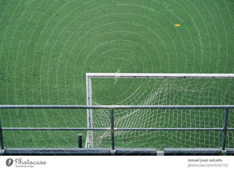 Fußballtor Sportgeräte Feld leer Fußballfeld Gericht Stadion Spiel Tor grün Gras Boden spielen Spielen Spielplatz im Freien Hintergrund Bilbao Spanien Feldsport