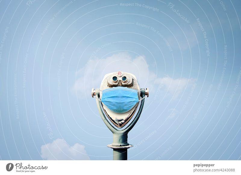 Münzfernrohr Teleskop Ferne Fernglas Ferien & Urlaub & Reisen Außenaufnahme Tourismus Farbfoto Ausflug Sightseeing blau Himmel Fernweh Horizont