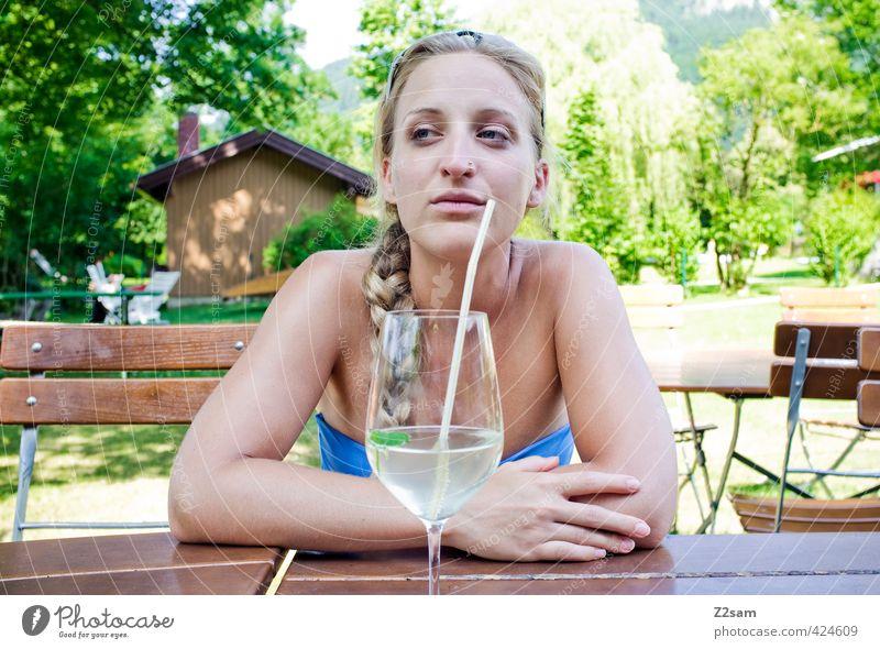 hmmm? Lifestyle elegant Stil Erholung Ferien & Urlaub & Reisen Ausflug Sommer Sommerurlaub Sonnenbad feminin Junge Frau Jugendliche 18-30 Jahre Erwachsene
