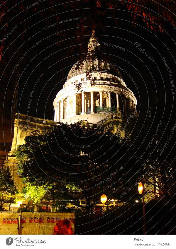 London bei Nacht Gotteshäuser Religion & Glaube Sankt Pauls Kathedrale Architektur