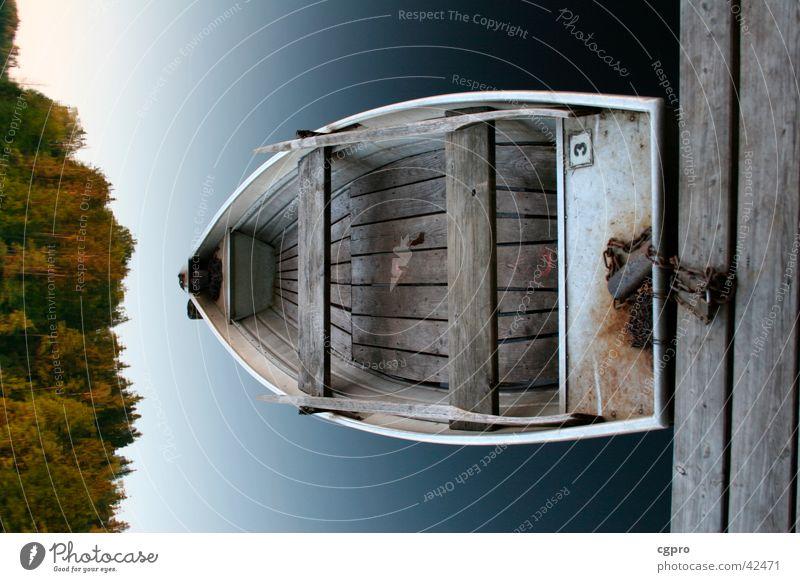 Das Boot See Wasserfahrzeug Wald Reflexion & Spiegelung Reflektion klares Wasser