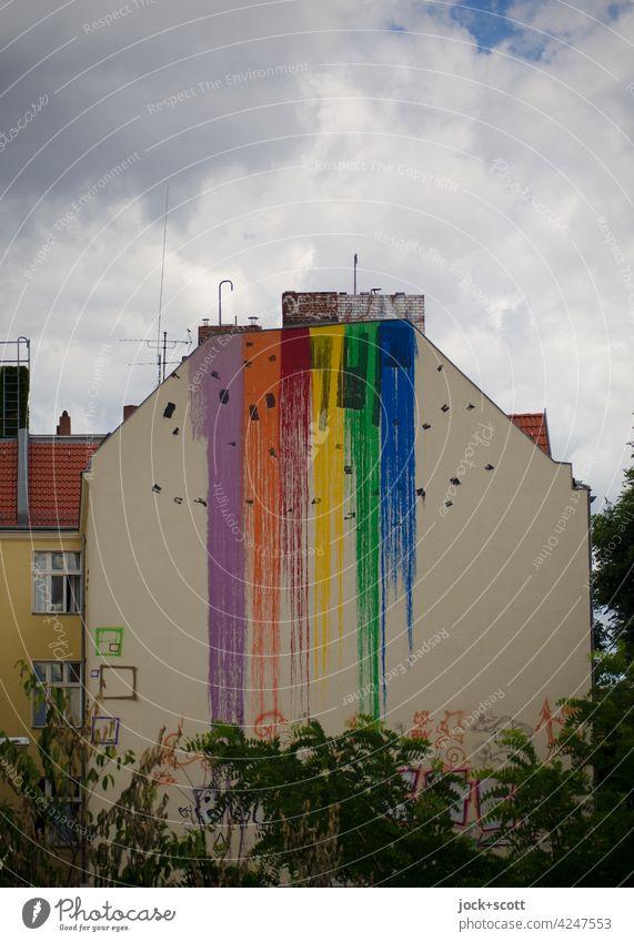 nur die Farbe an der Wand hat sich verlaufen Brandmauer Himmel Wolken Fassade Dämmerung Strukturen & Formen abstrakt Farbverlauf verflossen Schmiererei