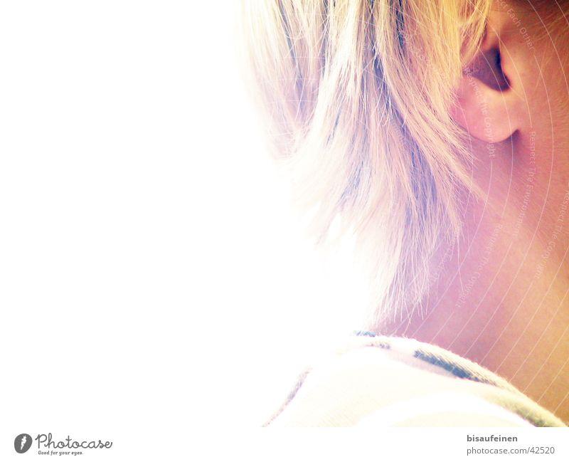 Das Ohr Überbelichtung blond Frau Mensch Haare & Frisuren Hals Kopf