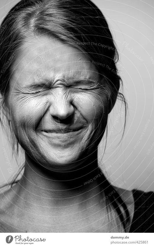 skin of pain VI Mensch Jugendliche alt Junge Frau Erwachsene Gesicht Auge 18-30 Jahre Gefühle feminin lustig Haare & Frisuren Kopf außergewöhnlich Stimmung