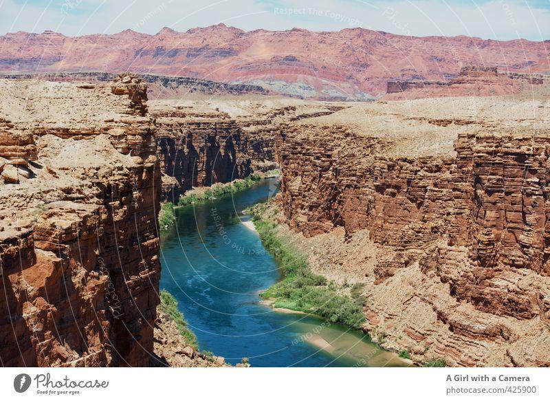 windendes Gewässer Umwelt Natur Landschaft Urelemente Sand Sommer Schönes Wetter Felsen Berge u. Gebirge Flussufer Wüste Schlucht Flüssigkeit schön einzigartig