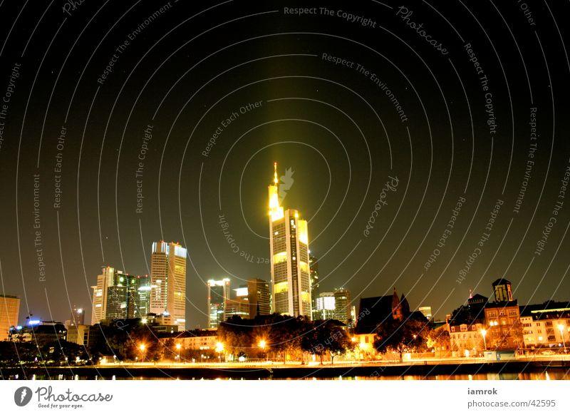 FFM Skyline Hochhaus Nacht Frankfurt am Main Architektur