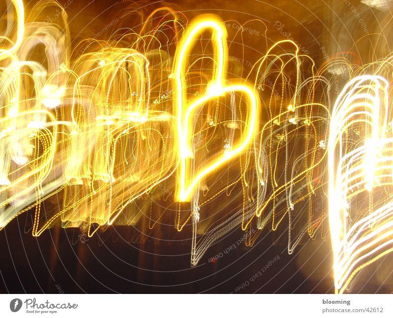 Herzen schwarz gelb Stil Linie Herz