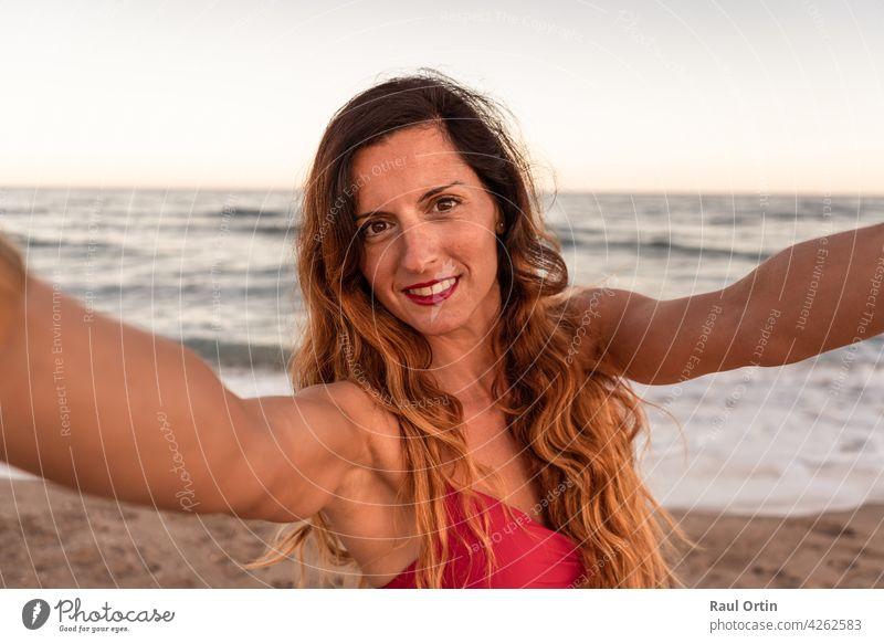 Selfies hübsche Category:Nude standing