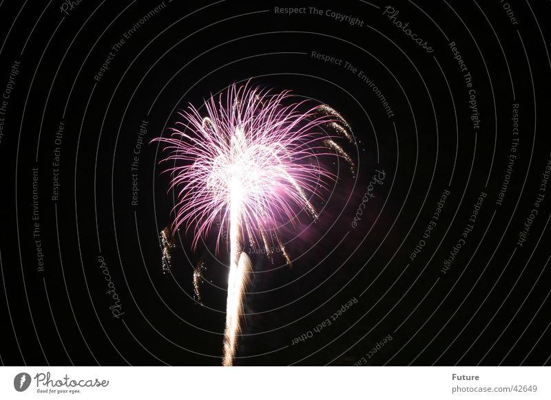 Feuerwerk1 Blitze Knall Silvester u. Neujahr Nacht obskur Brand