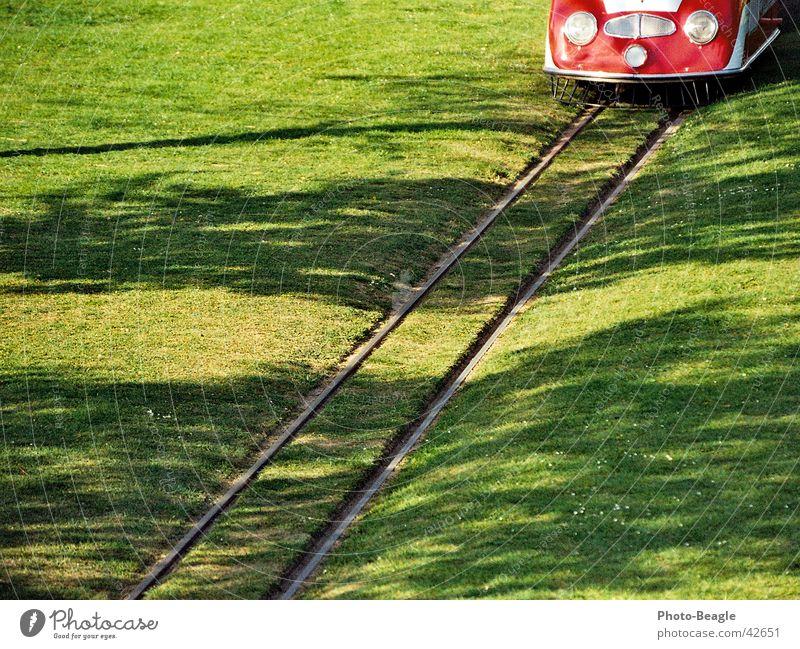 Bundesgartenschau grün Rasen Gleise Köln Verkehr Eisenbahn Ausstellung Ruhrgebiet Dortmund Rundfahrt Kleinbahn